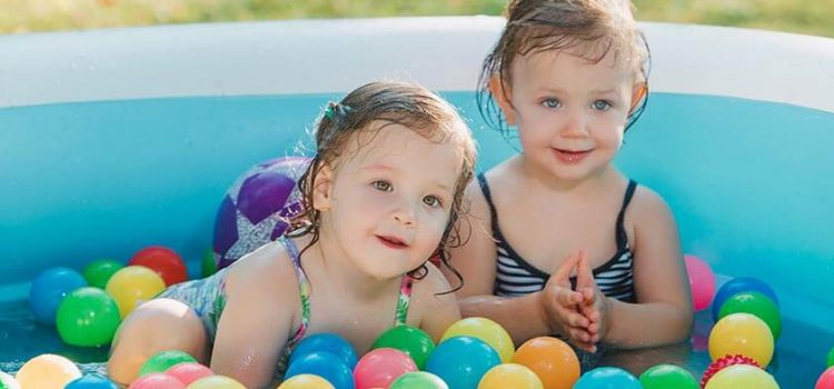 5 Best Inflatable Swimming Pool for Adults, Families, and Kids