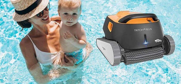 Dolphin triton ps automatic robotic pool cleaner review | Pools up to 50ft