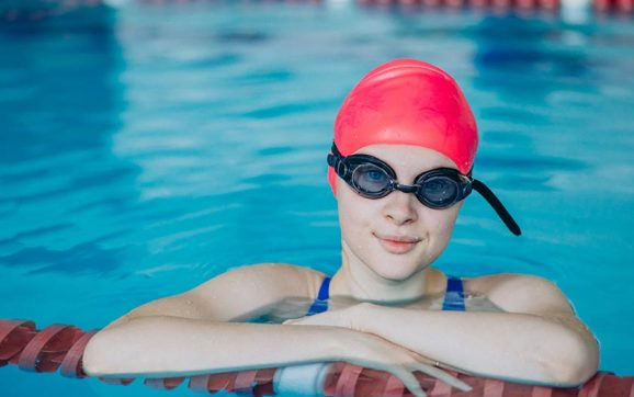 9 best swimming pool goggles review
